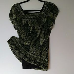 apt 9 green print blouse lined see-through sleeves